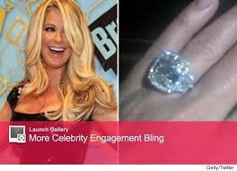 zolciak wedding ring zolciak s 10 carat engagement ring toofab
