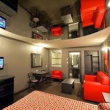 hotel chambre avec miroir au plafond o motel et suites a pont viau laval accueil promotions sieste et