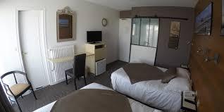 chambre 4 personnes chambre familiale sur cour hotel les brises la rochelle