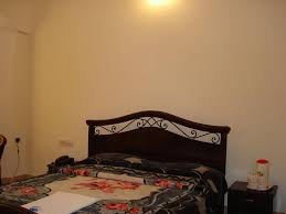 Latest Double Bed Designs In Kirti Nagar