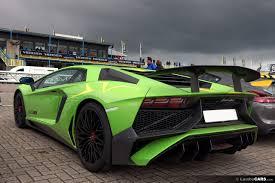 neon green lamborghini aventador viva italia 2016 2016 viva italia 8 hr image at lambocars com