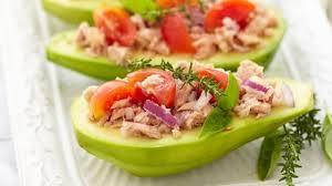 recettes de cuisine pour noel avocats farcis au thon tomate et tabasco recette entrée