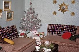 free vintage stock photo of decor tree and presents vsp