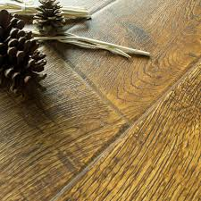Laminate Flooring B Q Bannerton Natural Mahogany Effect Laminate Flooring 2 058 M Pack