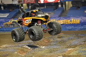 louisville monster truck show monster jam 2015 kicks off at louisville u0027s freedom hall the bagpiper