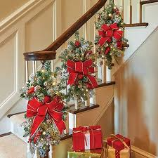 How To Decorate A Banister Best 25 Christmas Staircase Ideas On Pinterest Christmas