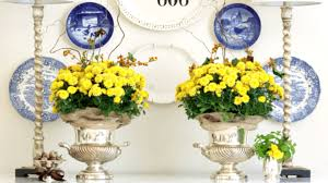 to decorate incredible ways to decorate with mums southern living