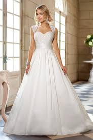robe de mari e classique robe de mariée blanche ou ivoire