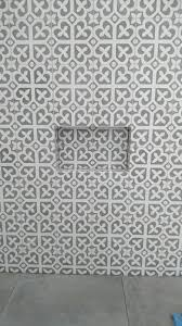 r u tiling bathrooms feature walls with 20x20cm cement patterned