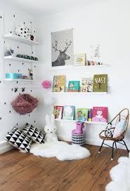 bibliotheque chambre enfant petit coin bibliothèque jool décoratrice d intérieur
