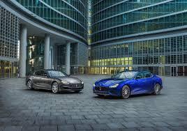 maserati 2030 maserati u201c pristatė dvi naujas u201eghibli u201c versijas delfi auto