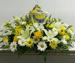 Funeral Flower Designs - 93 best urn flowers images on pinterest funeral flowers