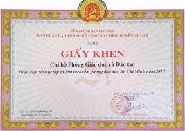Dan K Hen Chi Bộ Phòng Giáo Dục Và đào Tạo Quận Nhận Khen Thưởng Việc Thực