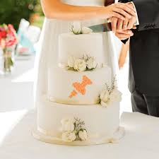 wedding hire how to hire a wedding cake specialist plus wedding cake trends of