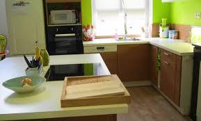cuisine mur vert pomme déco cuisine vert pomme et blanc 55 limoges cuisine vert