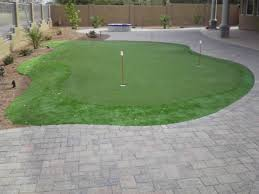 Backyard Putting Green Designs by Outdoor Putting Greens U003d Outdoor Entertainment