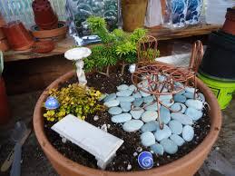 how to make a miniature garden that bloomin u0027 garden