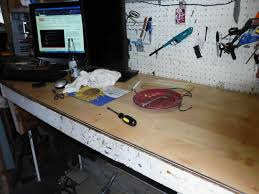 Laminate Flooring Saw Using Wood Laminate Flooring For A Work Bench Top 5 Steps With