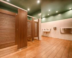 ironwood manufacturing louvered restroom partition