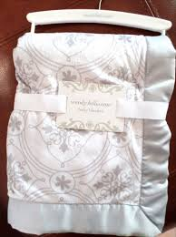 Wendy Bellissimo Baby Clothes Wendy Bellissimo Baby Girls Arabesque Design Blanket White Lt Gray