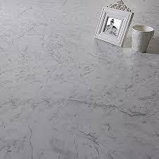 dalle cuisine cuisine dalle adhesive cuisine awesome dalle pvc adhésive marble