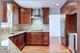 kitchen cabinet crown molding ideas modern crown molding for kitchen cabinets kitchen cabinet crown