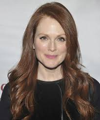 julie ann moore s hair color julianne moore puts it all out there