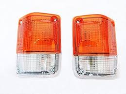 toyota land cruiser fj62 parts 1 pair of corner indicator light toyota land cruiser 60 series