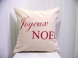 Decorative Christmas Pillows by Christmas Decorating Ideas 10 Pretty Holiday Pillows A Pop Of