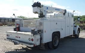 kenworth t300 2005 kenworth t300 service truck with crane item dd9346