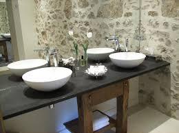 salle de bain chambre d hotes chambres d hôtes maison anderetea chambres d hôtes mendionde