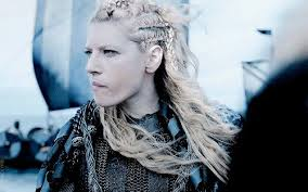 lagatha lothbrok hairstyle lagertha lothbrok is mean tough and f in sexy thechive