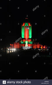 san antonio tree lighting 2017 cars drive down harmon drive with the taj illuminated in green and