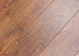 rustic barn laminate flooring