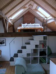 treppen zum dachboden dachboden treppe design lofts tiny houses and attic