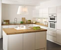 cuisine blanc laqué et bois meilleur mobilier et décoration petit meuble tv blanc laque