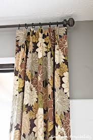 floral drapes in the dining room valspar benjamin moore and lowes