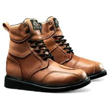 budget motorcycle boots new motorcycle gear on a budget baggers