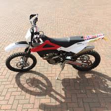 2012 husqvarna te 310 red white 4 stroke road legal enduro 99 5