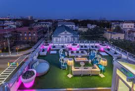 Top 10 Rooftop Bars New York Best Rooftop Bars In Charleston Sc Thrillist