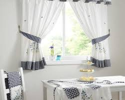 curtains small side door windows curtains for small window ideas curtains small side door windows curtains for small window ideas wonderful small door curtains decorations
