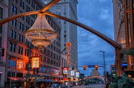 Largest Chandelier Cleveland Is Home To The World U0027s Largest Outdoor Chandelier