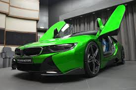 green bmw lava green bmw i8 revealed in abu dhabi autoevolution