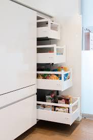 vorratsschrank küche moderne küche bilder vorratsschrank mit innenauszü pantry