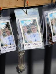 pope francis souvenirs pope francis souvenirs on sale in st s square photo by