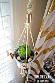 Diy Hanging Planters by Remodelaholic 25 Diy Planter Tutorials