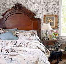Antique Bedroom Decorating Ideas Home Design Ideas - Antique bedroom design