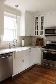 Kitchen Renovation Ideas Small Kitchens Best 25 Small White Kitchens Ideas On Pinterest Small Kitchens