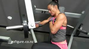 one arm side chest press