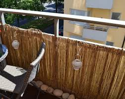 sichtblende balkon bambus balkon sichtschutz gestaltung ideen im feng shui stil